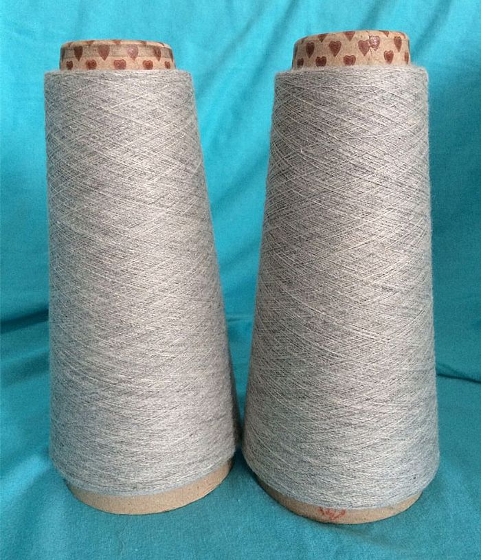 针织特殊纱线服装图片